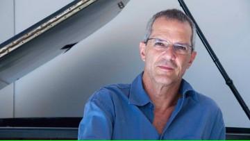 Cátedra abierta a cargo del Profesor Renato Vasconcellos