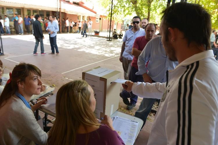 Inscriben a postulantes para autoridades de mesas de las próximas elecciones