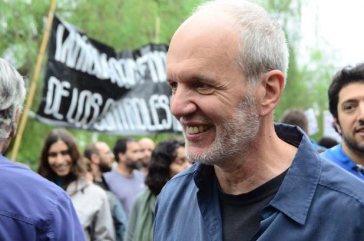 El Consejo Directivo de la FAD se solidariza con el Doctor Ricardo Villalba y acompaña a la comunidad académica, científica y artística argentina