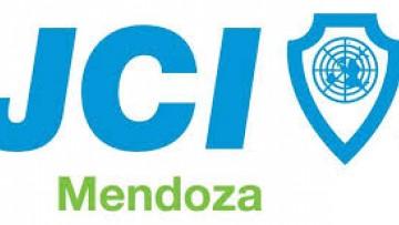 La profesora Jimena Semiz es declarada Asociada Honorifica de la JCI Mendoza