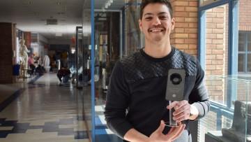 """Estudiante de Diseño Industrial ideó la estatuilla de premiación de """"Italia FanFiction"""""""
