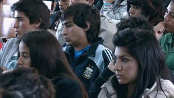 Estudiantes podrán postularse para becas pre profesionales y de prestación de servicio