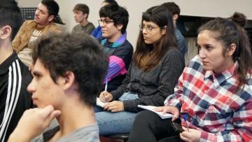 Convocan a estudiantes para desempeñarse como tutores/as pares en Proyecto TRACES