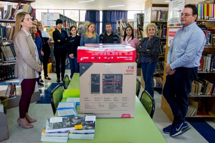 La Biblioteca de la FAD cuenta con nuevos equipamientos tecnológicos y sistema de préstamos