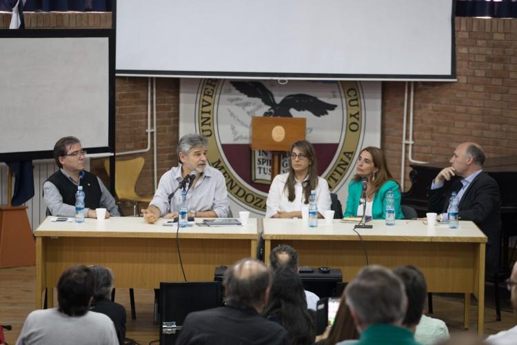 La FAD fue sede del debate sobre la Ley Federal de la Cultura