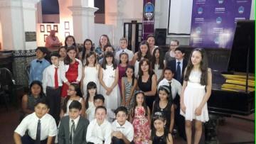 Niños pianistas ofrecerán un concierto en la FAD