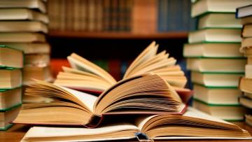 Comunicado de secretaria académica para estudiantes en riesgo de pérdida laboral docente