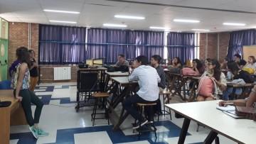 Se asesoró a estudiantes de la FAD interesados en instancias académicas en el extranjero
