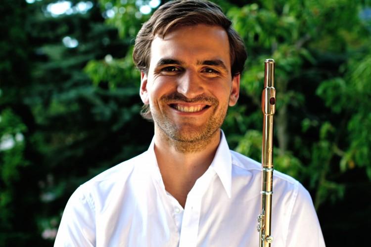 Santiago Clemenz dictó clase magistral de flauta traversa