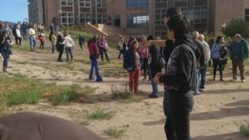 Simulacro de sismo en la UNCUYO