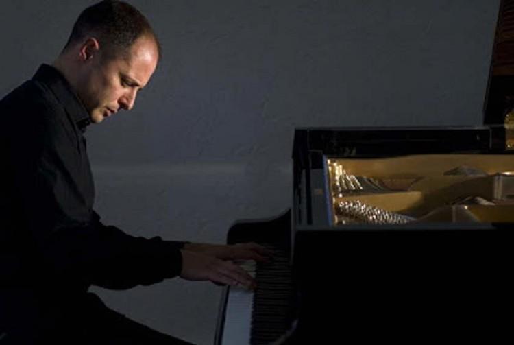 Fernando Viani profundizará en la pedagogía del piano para niños y jóvenes