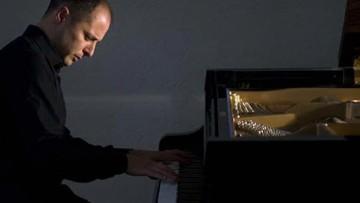 Destacado concertista y pedagogo dictará un seminario de interpretación pianística