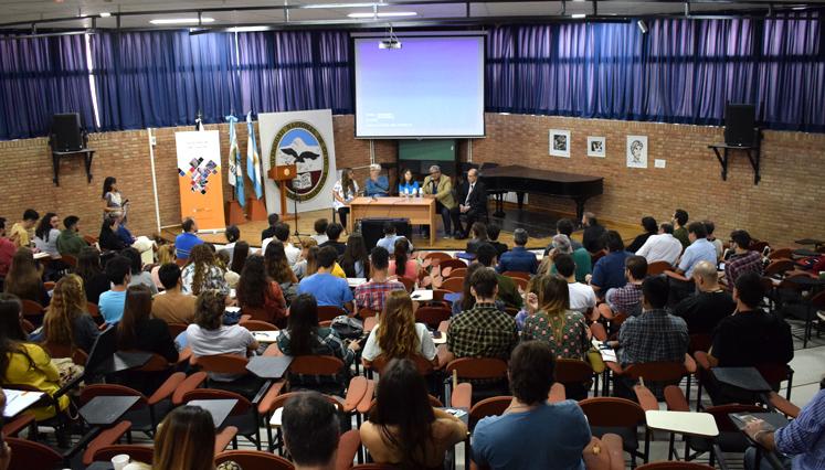 Ante un Auditorio colmado se realizó la jornada de apertura del Madera ]+[ Diseño 2017